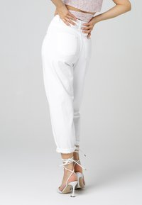 MiaZAYA - Relaxed fit jeans - weiß - 2