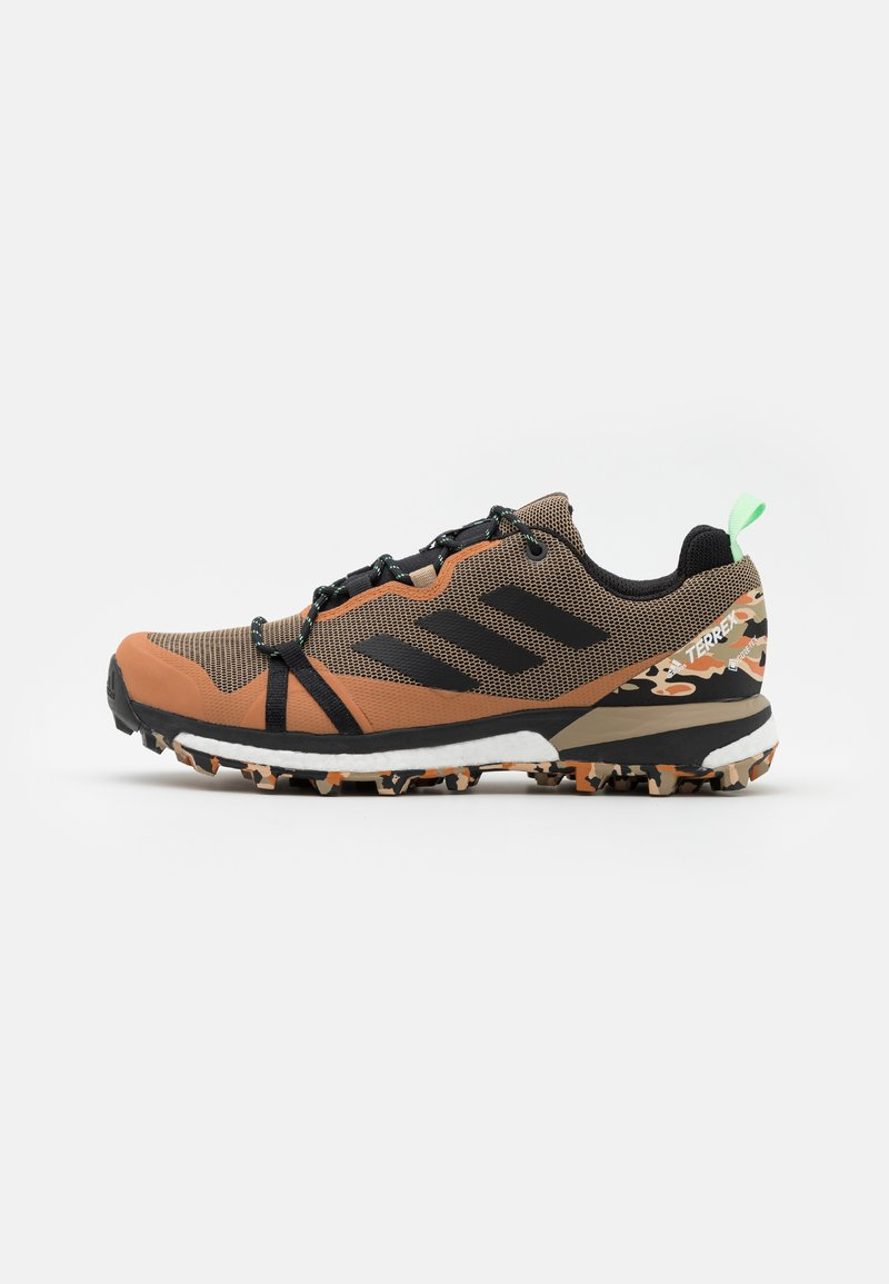 adidas Performance - TERREX SKYCHASER LT GTX - Trail running shoes - core black/glow mint