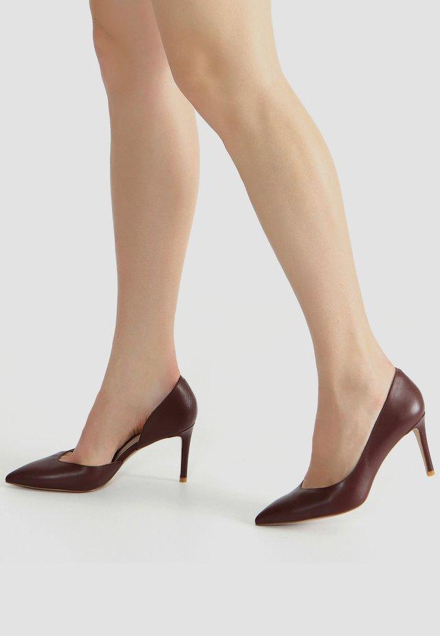 High heels - marrone
