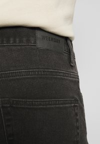 Weekday - SUNDAY - Straight leg jeans - tuned black - 5
