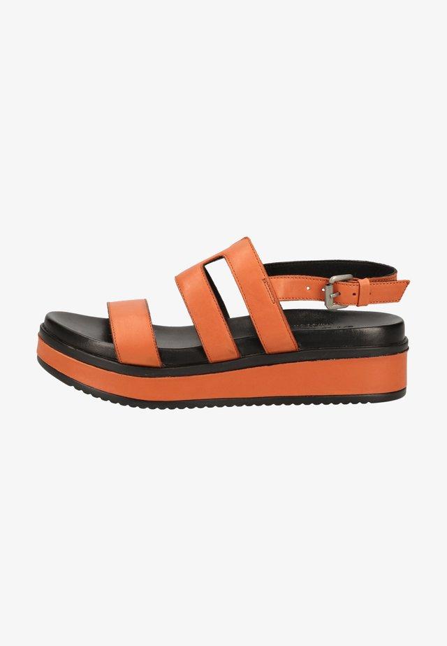 Sandały na platformie - brick brown 3378