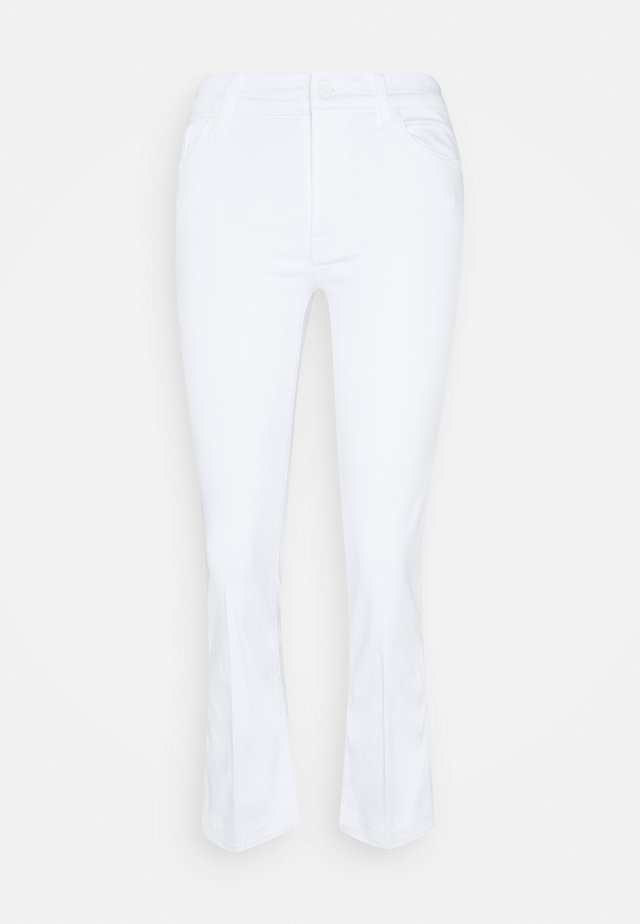 CROPPED UNROLLED - Vaqueros bootcut - pure white