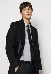 HUGO - ELISHA - Formal shirt - black - 4