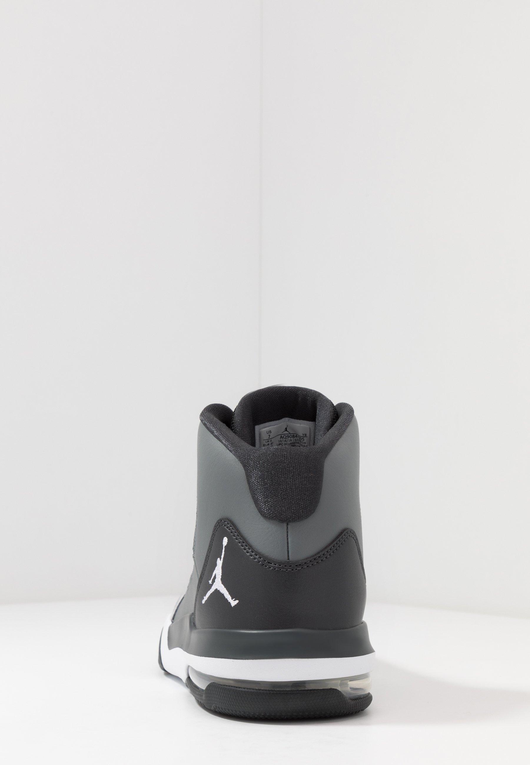 Jordan MAX AURA - Høye joggesko - smoke grey/white/dark smoke grey