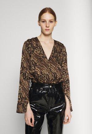 WRAP BODYSUIT - Long sleeved top - jaguar
