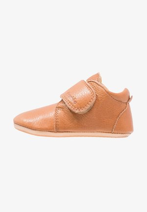 NATUREE CLASSIC MEDIUM FIT - First shoes - hellbraun