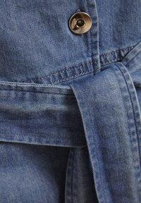 Soaked in Luxury - SLTINATIN - Denim dress - classic blue denim - 6