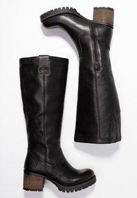 Bullboxer - Vysoká obuv - black - 3