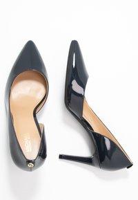 MICHAEL Michael Kors - DOROTHY FLEX D ORSAY - High heels - admiral - 3