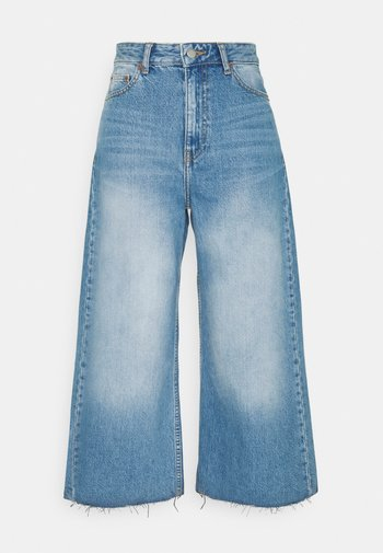AIKO CROPPED - Flared Jeans - empress blue