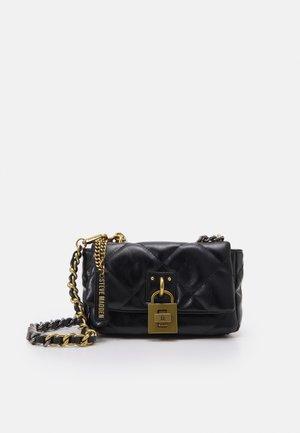 BJAYME - Handtasche - black