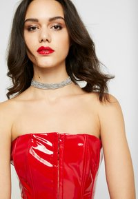 Missguided - CORSET BANDEAU - Topper - red - 3