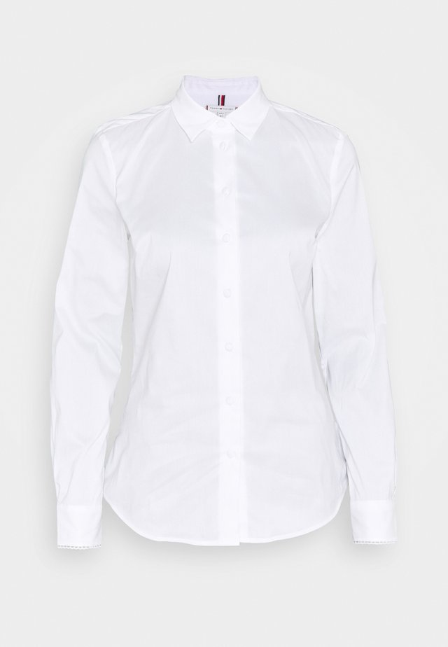 BRITTANY SLIM SOLID SHIRT - Button-down blouse - optic white