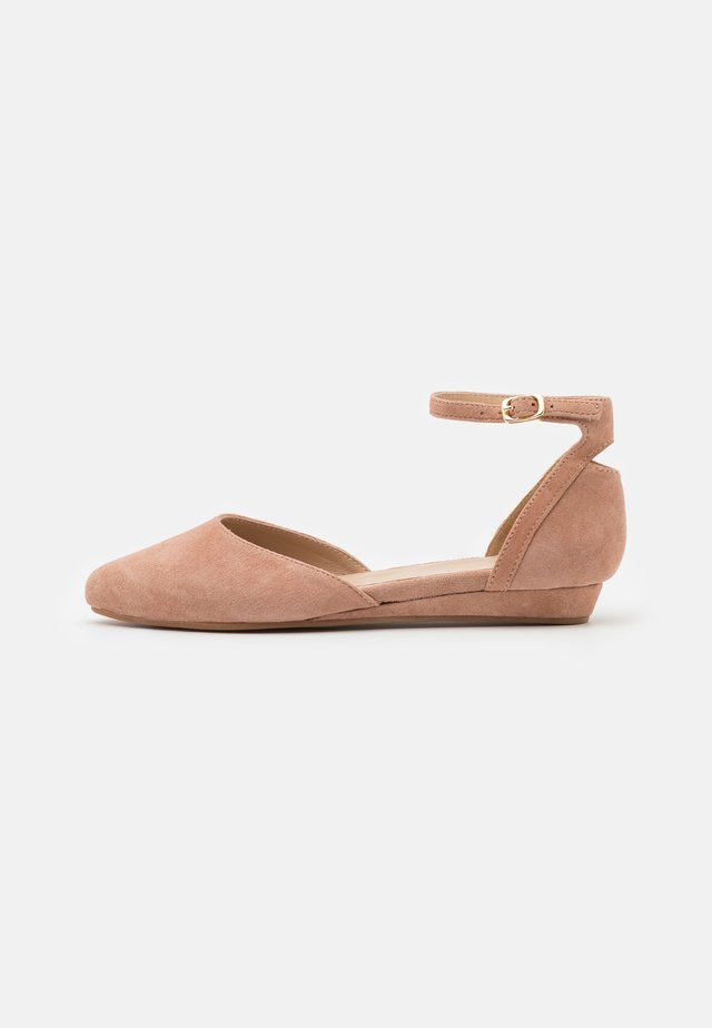LEATHER - Ankle strap ballet pumps - nude