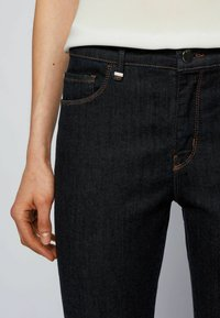BOSS - CROP 2.0 - Jeans Skinny Fit - dark blue - 3