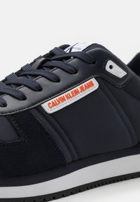 Calvin Klein Jeans - RUNNER LACEUP - Sneakers basse - night sky - 5