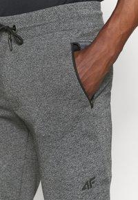 4F - Men's sweatpants - Pantalon de survêtement - grey - 3