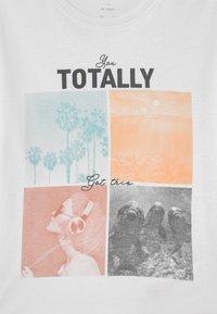 Name it - NKFVIOLET - Print T-shirt - bright white - 2