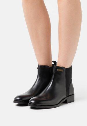 WINNY - Classic ankle boots - noir