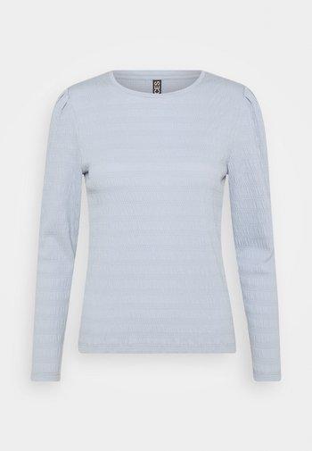 Long sleeved top - kentucky blue