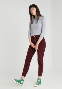 New Look - Trousers - burgundy - 1