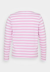 Pieces Curve - PCRIA NEW TEE - Long sleeved top - bright white/pastel lavender - 7