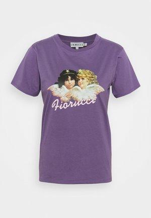 VINTAGE ANGELS TEE  - Print T-shirt - purlple
