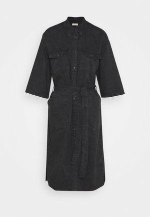 DRESS DAKOTA - Vestito di jeans - black