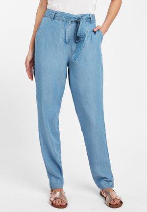 TENCELÔÄÓ TAPERED - Trousers - blue