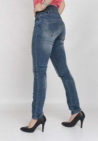 Buena Vista - Slim fit jeans - blue destroyed denim - 3
