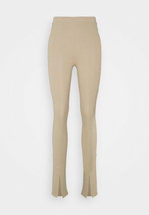 FRONT SLIT - Leggings - Trousers - beige