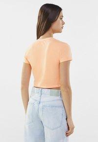 Bershka - Print T-shirt - orange - 2