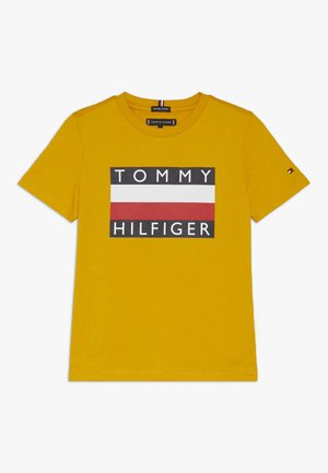 ESSENTIAL TEE - Print T-shirt - yellow