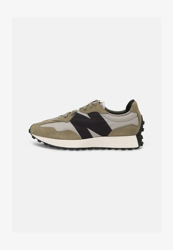 327 - Trainers - grey