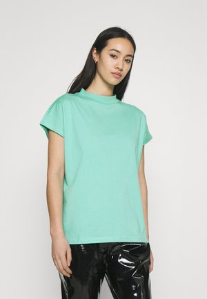 PRIME - Basic T-shirt - turqoise green