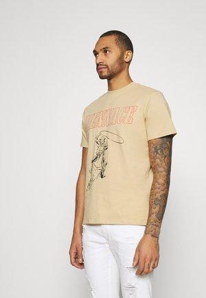 UNISEX WHIPLASH TEE - T-shirt med print - tan