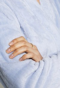 Marks & Spencer London - DRESSING GOWN AND COVER UPS - Dressing gown - light blue - 5