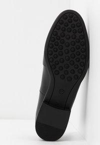 Jonak - AHORA - Slippers - noir - 6