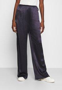 Hope - LAZE TROUSERS - Spodnie materiałowe - navy - 0