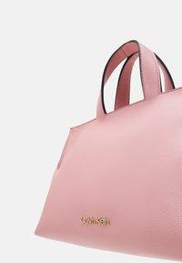 Calvin Klein - TOTE ZIP - Handbag - purple - 4