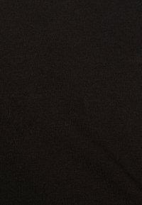 Even&Odd - 2 PACK - Basic T-shirt - black/green - 5