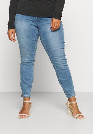 VMTILDE ZIP CURVE - Skinny džíny - light blue denim
