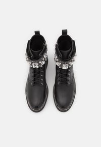 MICHAEL Michael Kors - HASKELL BOOT - Lace-up ankle boots - black - 4