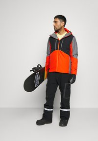 Quiksilver - MISSION PLUS - Snowboard jacket - pureed pumpkin - 1