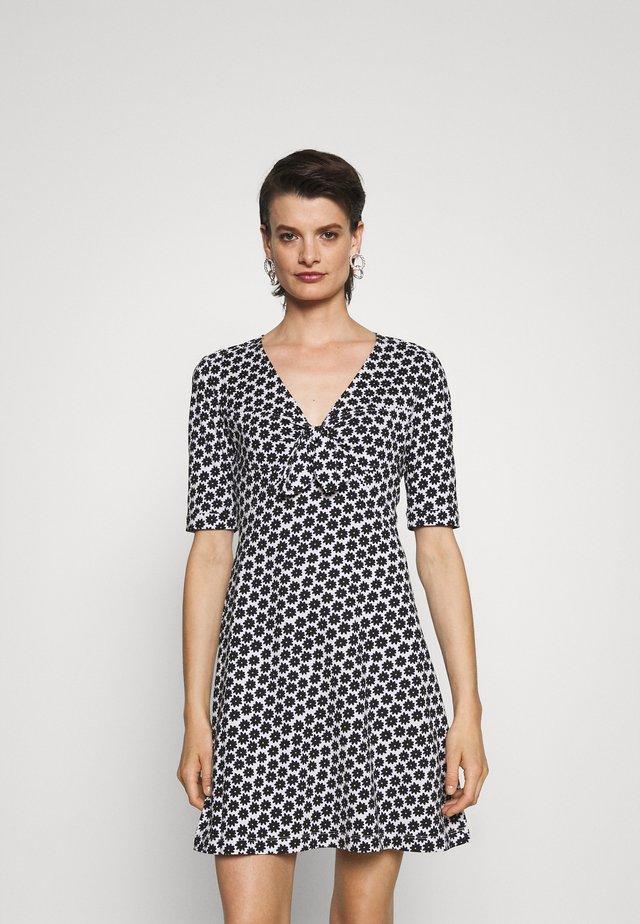 FELICITY DRESS - Jersey dress - smallblack