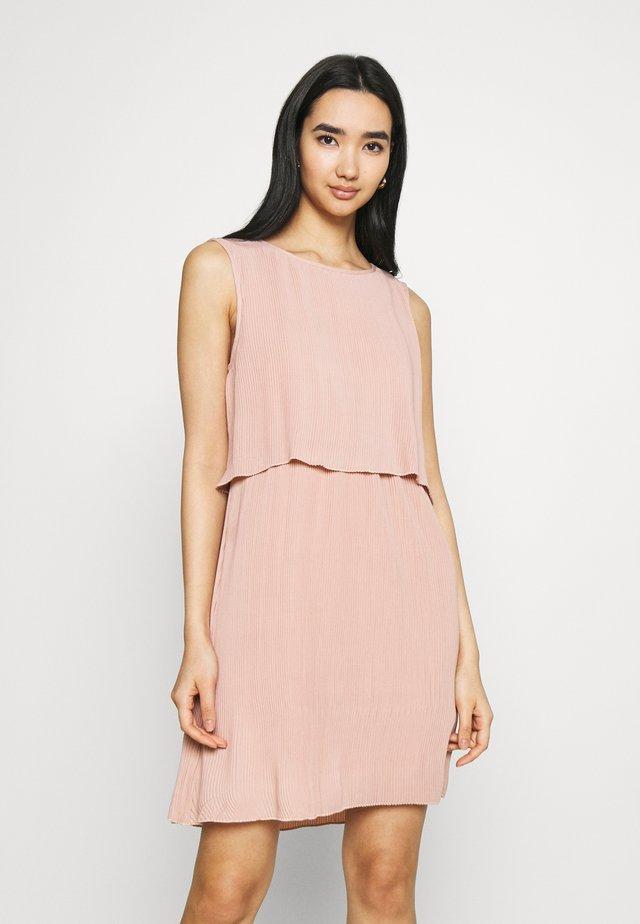 ONLMARIN LAYERING SHORT DRESS - Vestito di maglina - adobe rose