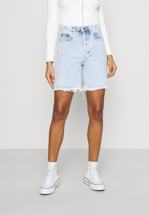 BERMUDA - Denim shorts - light wash
