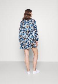 Never Fully Dressed - FRILLED DRESS - Denní šaty - blue - 2