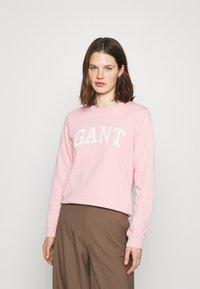 GANT - ARCH LOGO CREW NECK - Sweatshirt - preppy pink - 0