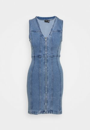 VMKENNA SHORT DRESS - Denimové šaty - medium blue denim